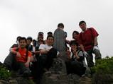 登山ツアー�山頂集合写真その2