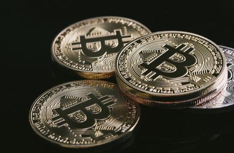 ビットコインついに120万割れ…バブル崩壊へ…