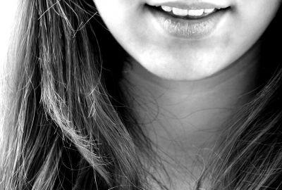 smile-122705_1920-400x270-MM-100