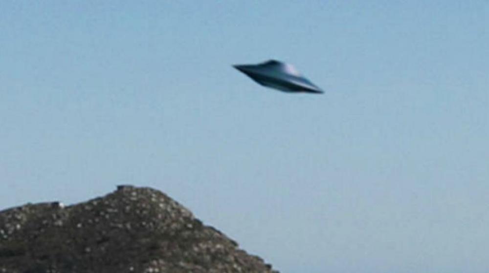 未確認ちゃんねる : 【UFO】 UFOや時空の裂け目みたいなのが世界 ...