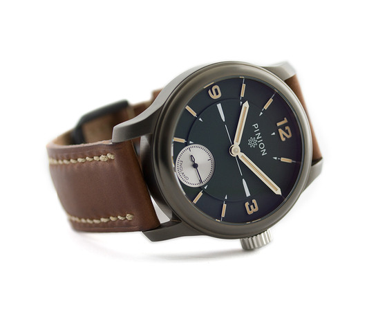 pinion-pure-grey-dlc-watch-product-01-1000px