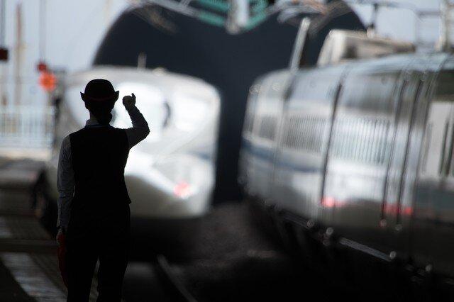 中国の新幹線さん、割とガチのマジですごい