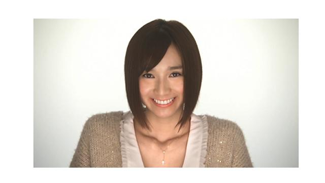 20111208-serina_top
