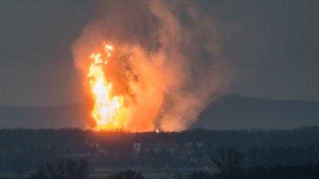 オーストリアの天然ガス施設が大爆発!!! イタリアが非常事態宣言