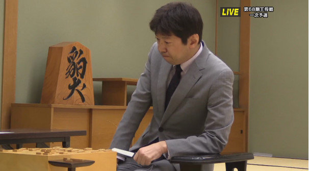【悲報】藤井聡太と師匠が対戦した結果wwwwwwwwwwの画像