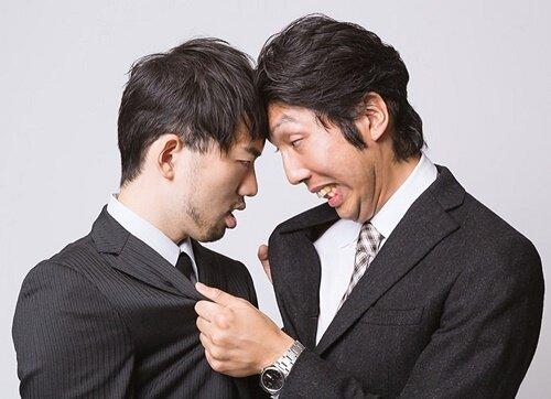 【悲報】中国の外交官、台湾の外交官をボコボコにする