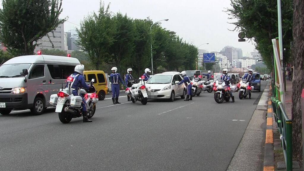 自転車の 自転車盗まれた警察 : 白バイの指示を無視し続けた ...