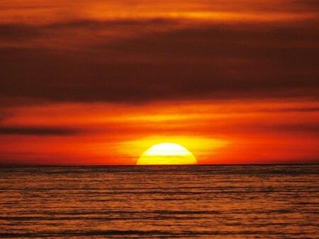 【速報】 10兆℃の高温状態を作ると別世界へ行けるワームホールが開くことが判明 現在4兆℃を達成