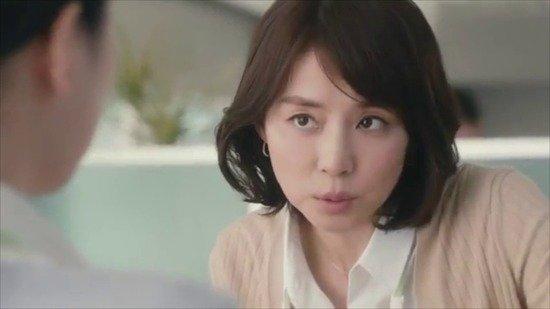 【画像】石田ゆり子さん(48)がババアなのに可愛いと話題wwww