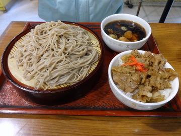 みとう庵@流通センター(6)鶏の立田揚げつけ汁蕎麦500コロッケ100