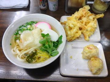 おにやんま@青物横丁(4)揚げモチ500ペコベー130野菜かき100