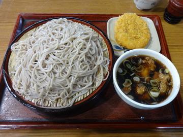 みとう庵@流通センター(3)鶏の立田揚げつけ汁蕎麦500コロッケ100