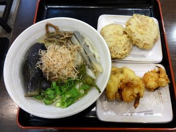 おにやんま@青物横丁(3)なす山菜ひやかけ600丸さつま200新玉ねぎ150