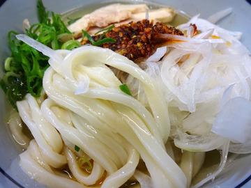 おにやんま@青物横丁 (6)蒸し鶏新玉食べラー冷う600舞茸天150