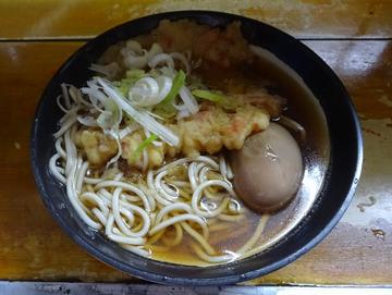 田舎@目黒 (4)天ぷらそば370味玉子50