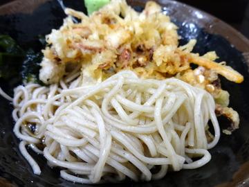 峠の蕎麦@三ノ輪(5)冷しゲソ天そば450