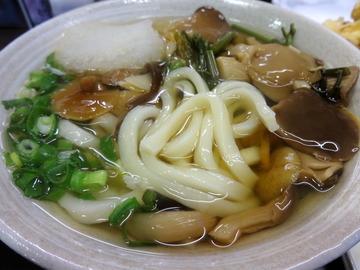 おにやんま@青物横丁(8)山菜みぞれ500じゃが天130シメジかき150