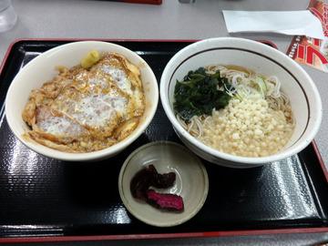 山田うどん多摩大橋店@小宮(6)煮込みソースかつ丼セット790