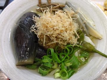 おにやんま@青物横丁(4)なす山菜ひやかけ600丸さつま200新玉ねぎ150