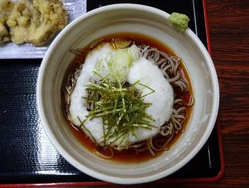 いずみ@甲斐大泉 (21)冷とろろそば670舞茸の天ぷら200