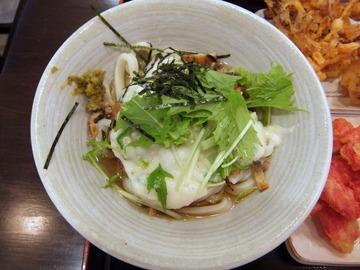 おにやんま@青物横丁(6)とろネバ600紅生串130野菜かき150