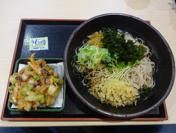 ゆで太郎芝浦4丁目店@三田 (7)夏野菜とゲソのかき揚げそば520