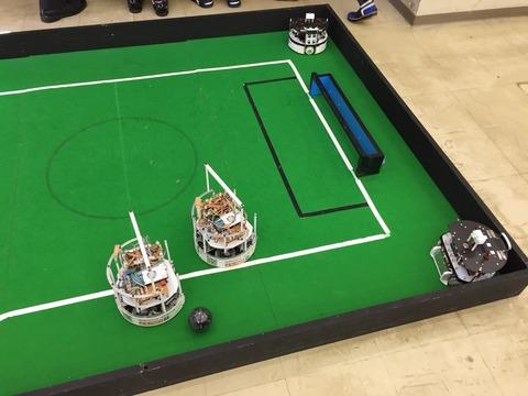 ロボットの展示をしました