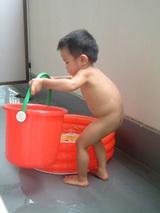 暑い日はやっぱりプール♪