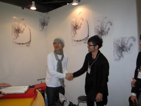 西田様と握手
