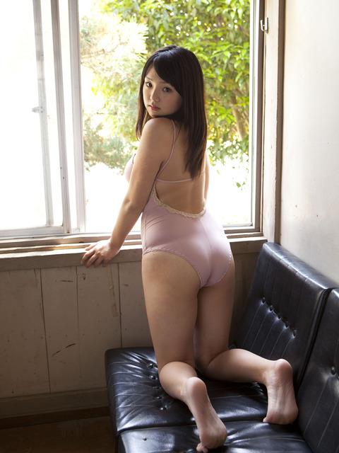 ロリ巨乳 篠崎愛(22) VOL03