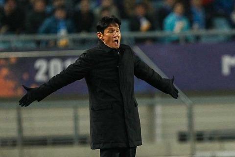 【サッカー】 元韓国代表の英雄FWチェ・ヨンス氏、「日本時代のいじめ」を衝撃告白「パスが来なくて…」