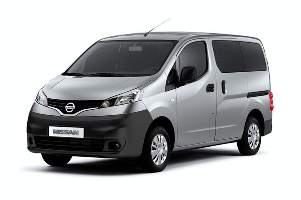 nissan-nv200-first-images_1