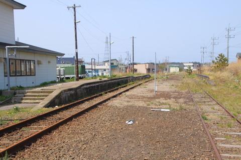 旧上ノ国駅ホーム