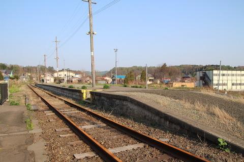 旧湯ノ岱駅ホーム