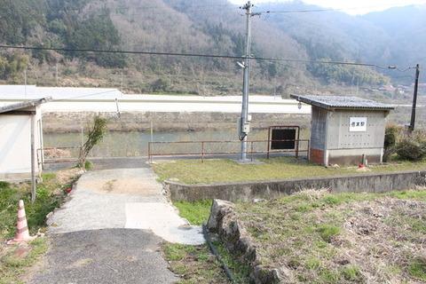 信木駅駅舎