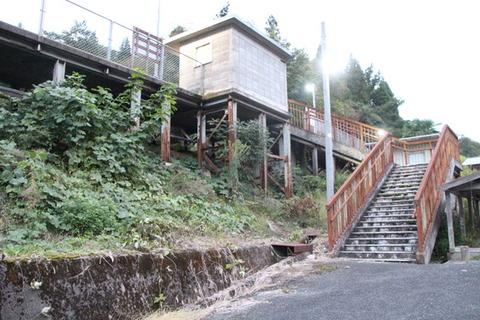 伊賀和志駅駅舎