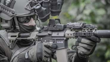 5-Tips-for-Selling-Your-Used-Rifle-Optics_-370x208