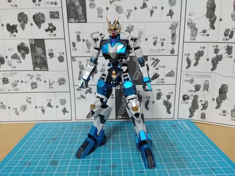 【ガンプラ作例】HG「ガンダムダンタリオン」をメタリックブルーで塗装してみた、ほか