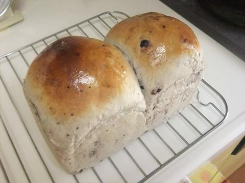 ブルーベリー食パン12