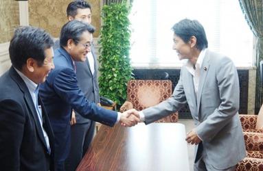 松野さんと民主党執行部