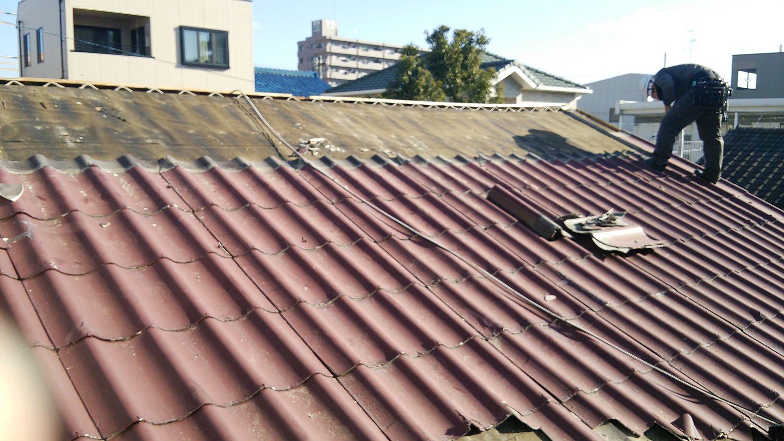屋根葺き替え(カルカ・ルーフ) : 走る雨漏り修理アドバイザー