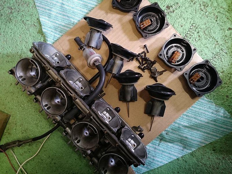 GPZ900R-05.jpg