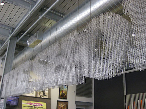 3d_wire_mesh_sign_at_harley_davidson_museum_shop_3_1342448365