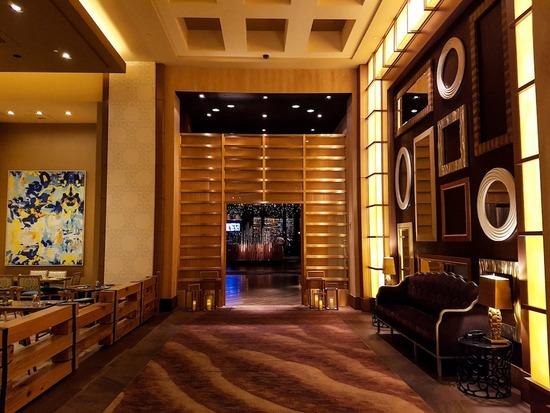 S-16 bronze_delano-hotel_2