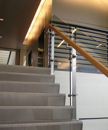 wire_mesh_stairway_flooring_1_1344461803