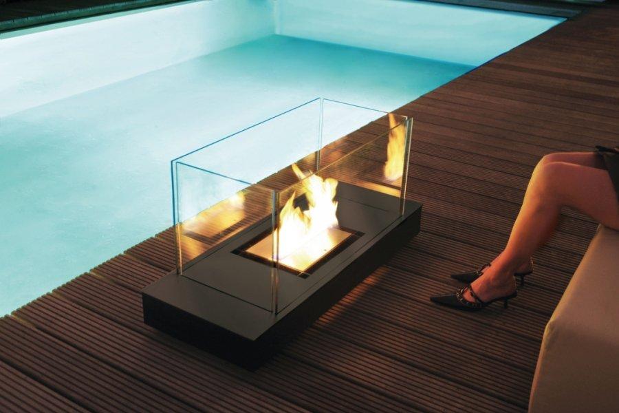 uni flame. Black Bedroom Furniture Sets. Home Design Ideas