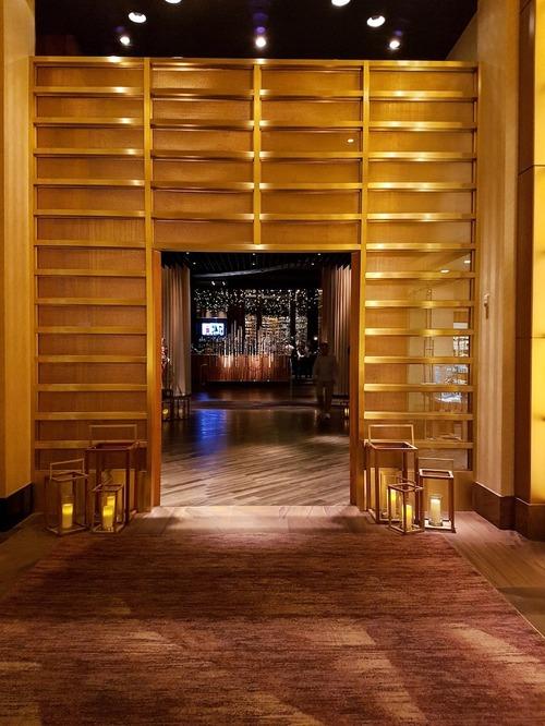 S-16 bronze_delano-hotel_3