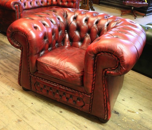 Leather Chesterfield lounge chair