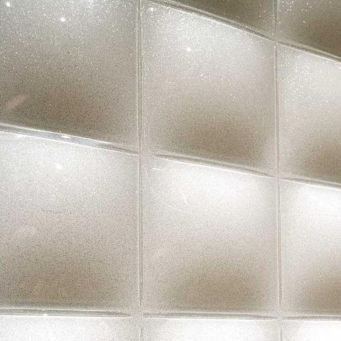 elevator_convex_close