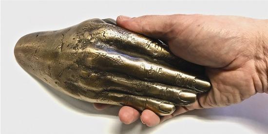 Hand-le_1